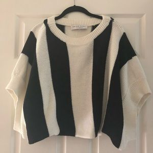 Trina Turk Sweaters - Trina Turk bubble sleeve sweater
